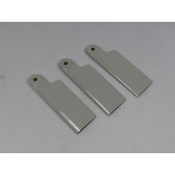 3 Helitec scale tail blades...